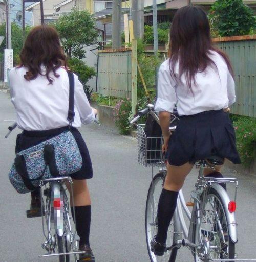 JKの自転車パンチラ盗撮画像集めたから貼っていくわ! 40枚 No.6