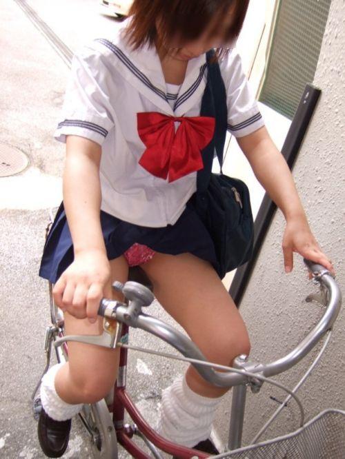 JKの自転車パンチラ盗撮画像集めたから貼っていくわ! 40枚 No.9