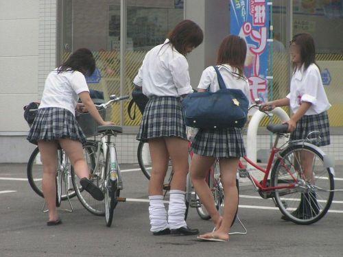 JKの自転車パンチラ盗撮画像集めたから貼っていくわ! 40枚 No.15