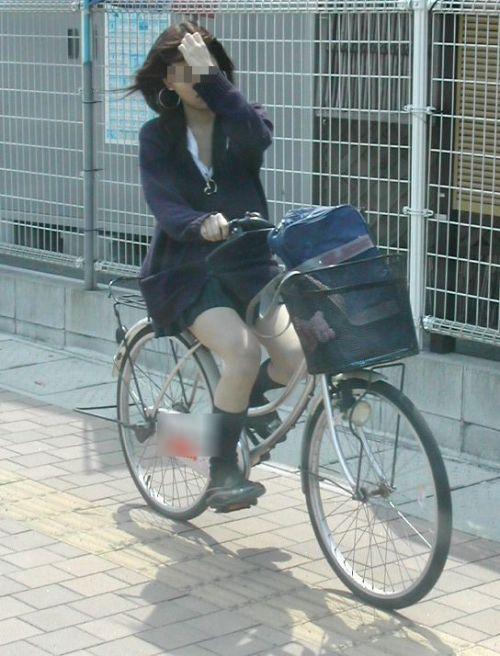JKの自転車パンチラ盗撮画像集めたから貼っていくわ! 40枚 No.26