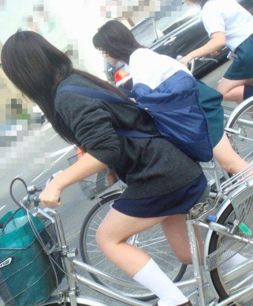 JKの自転車パンチラ盗撮画像集めたから貼っていくわ! 40枚 No.27