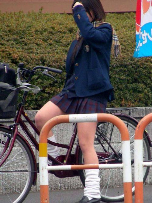 JKの自転車パンチラ盗撮画像集めたから貼っていくわ! 40枚 No.39
