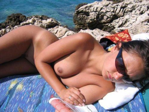 外国人美女だらけの楽園!ヌーディストビーチの盗撮エロ画像! 37枚 No.6