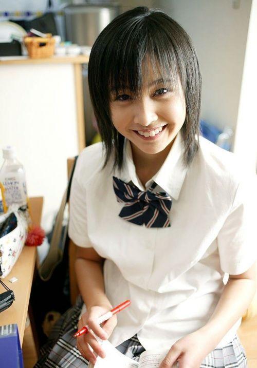 【画像】黒髪ブレザー姿のJKもやっぱり可愛いんだよな! 38枚 No.9
