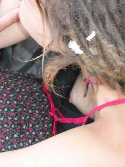 お姉さんの乳首ポロリだけを集めた盗撮エロ画像 36枚 No.18