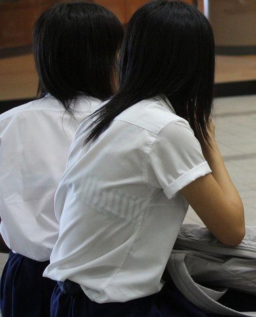 セーラー服が透けて乳首が見えることもあるJKの透けエロ画像 43枚 No.19