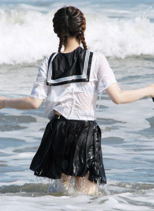 セーラー服が透けて乳首が見えることもあるJKの透けエロ画像 43枚 No.23