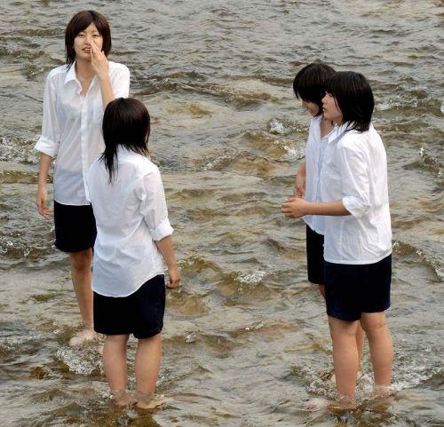 セーラー服が透けて乳首が見えることもあるJKの透けエロ画像 43枚 No.34