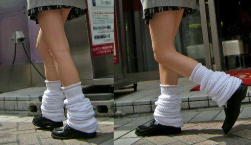 【※シコシコおっき】JKの色白な美脚ナマ足画像まとめ 37枚 No.30