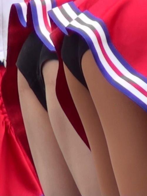 【画像あり】大きく足を開いたチアガールの股間がエロ過ぎ! 38枚 No.38