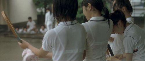 【画像】JKの透けたブラジャーとかブラ紐が青春なエロさだわww 35枚 part.4 No.11