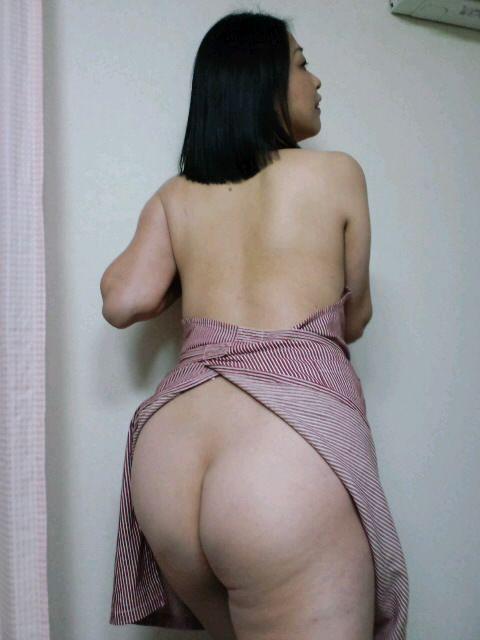 男の股間を刺激する裸エプロン画像 36枚 No.33