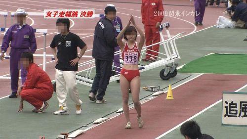 【盗撮画像】引き締まった女子スポーツ選手の体エロ過ぎ! 36枚 No.3