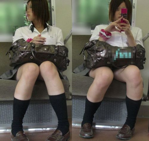 電車通学JKの紺ソックスと太ももを楽しむ盗撮画像 39枚 No.17