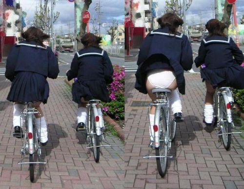 【盗撮画像】風が吹いたらパンチラしちゃう自転車通学JK画像 41枚 No.23