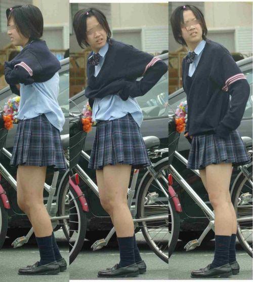【盗撮画像】風が吹いたらパンチラしちゃう自転車通学JK画像 41枚 No.30