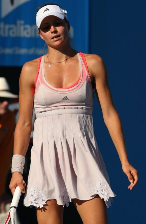 【画像】テニス選手を含めた女子アスリートのおっぱいとお尻がエロ過ぎ! 37枚 No.24