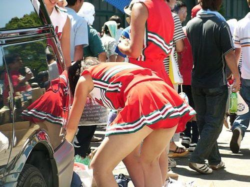 【勃起速報】おっぱいパンチラ陰毛チラリを楽しむチアリーダー画像 36枚 No.10