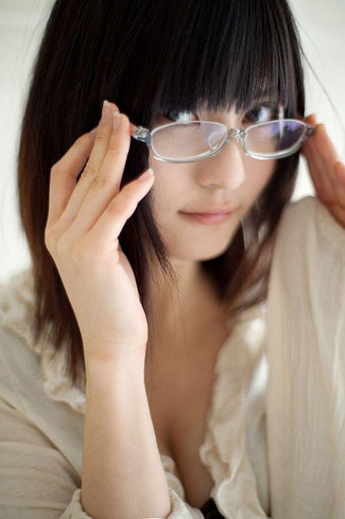 眼鏡でエロ賢そうにみえちゃう女の子のエロ画像 36枚 No.21