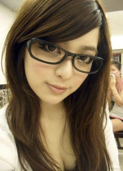 眼鏡でエロ賢そうにみえちゃう女の子のエロ画像 36枚 No.27
