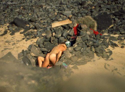 外人がビーチで顔面騎乗位やフェラとかしちゃってるエロ画像まとめ 34枚 No.8