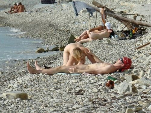 外人がビーチで顔面騎乗位やフェラとかしちゃってるエロ画像まとめ 34枚 No.34