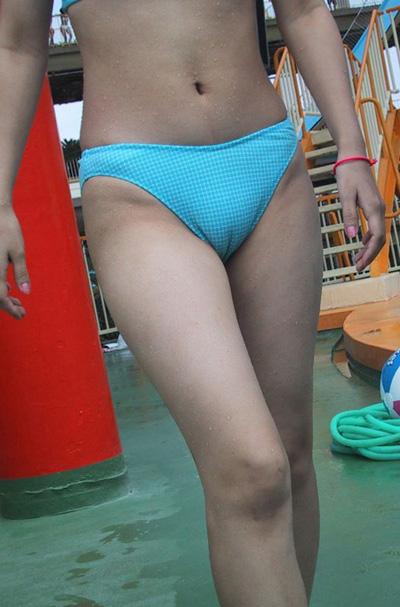 水着姿のマンスジを見せつける女の子のエロ画像だけまとめたった 37枚 No.5