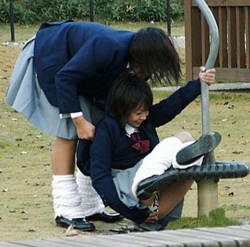女子高生のおふざけ画像がエロ過ぎてシコれる件www 37枚 No.10