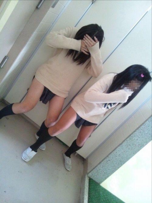 女子高生のおふざけ画像がエロ過ぎてシコれる件www 37枚 No.13