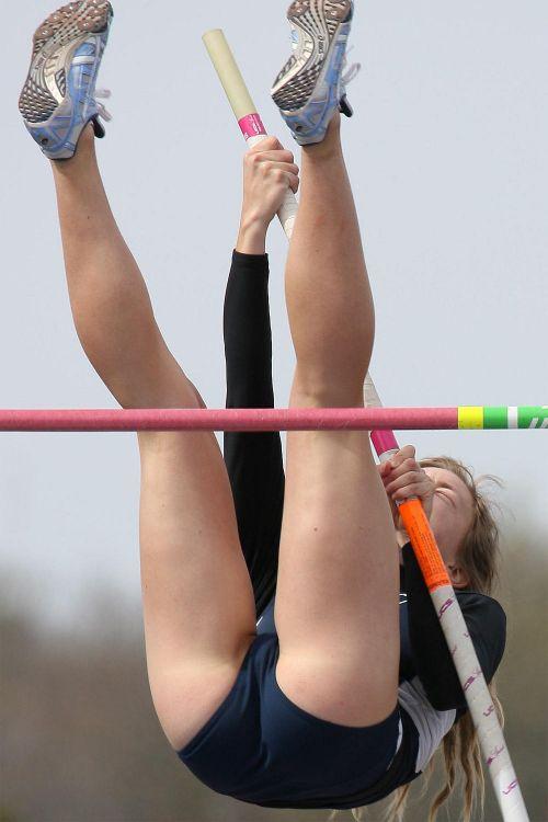 【勃起注意】短パン姿の陸上女子選手のエッチな体の画像まとめ 38枚 No.17