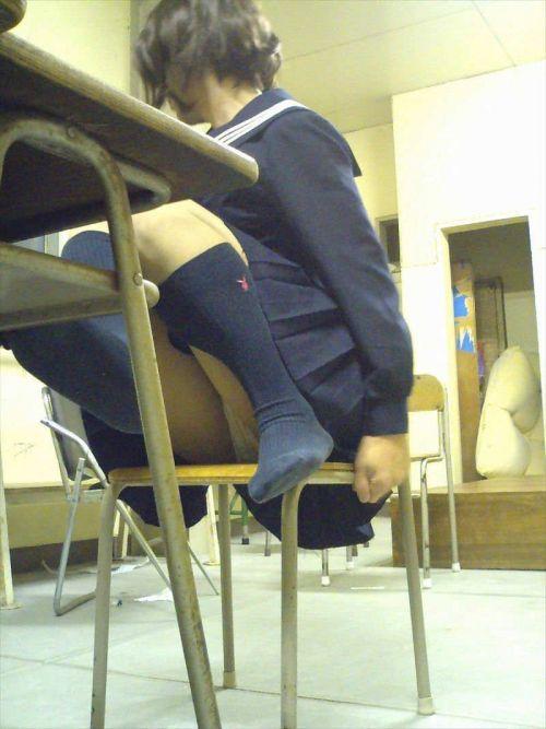 【盗撮画像】ムチムチ太もものJKを盗撮した結果がこちらwww 38枚 No.13