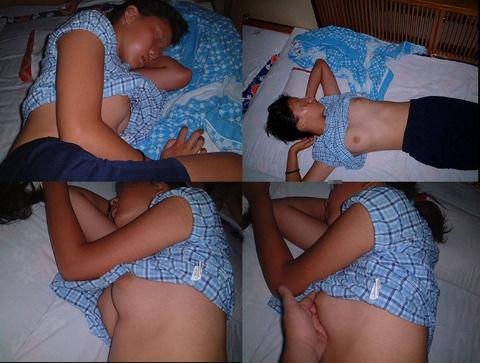 寝てる女の子のおっぱいや股間にイタズラしちゃう盗撮エロ画像! 41枚 No.27