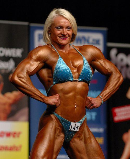 外国人の筋肉ガチムキマッチョな女性の6つに割れた腹筋エロ過ぎ 35枚 No.19