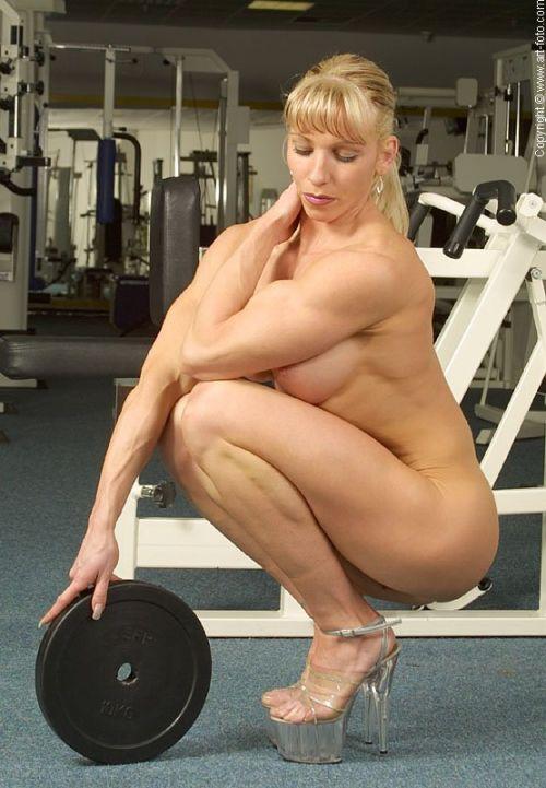 外国人の筋肉ガチムキマッチョな女性の6つに割れた腹筋エロ過ぎ 35枚 No.23