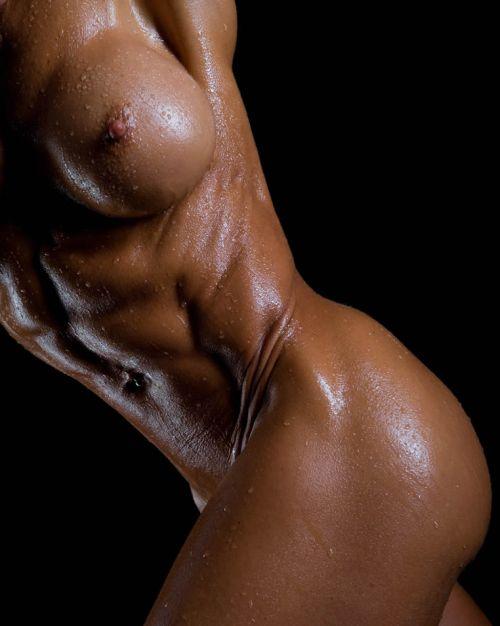 外国人の筋肉ガチムキマッチョな女性の6つに割れた腹筋エロ過ぎ 35枚 No.24