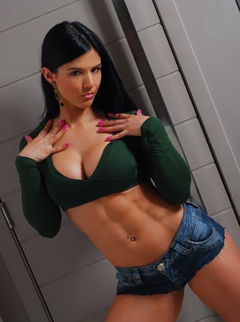 外国人の筋肉ガチムキマッチョな女性の6つに割れた腹筋エロ過ぎ 35枚 No.26