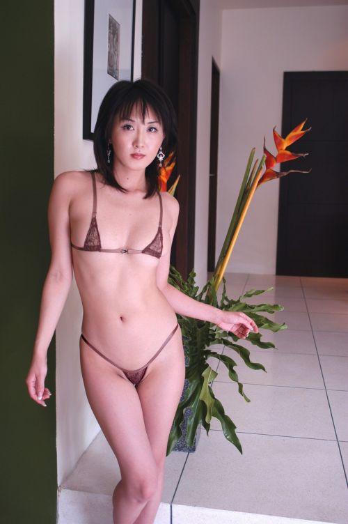 【マイクロビキニ】ほぼ裸なのにデザインが際立つ激エロ画像! 40枚 No.17