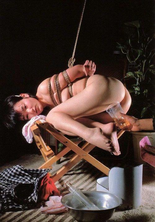 SMプレイを楽しむ女性達の画像がエロいんだが・・・・ 39枚 No.32
