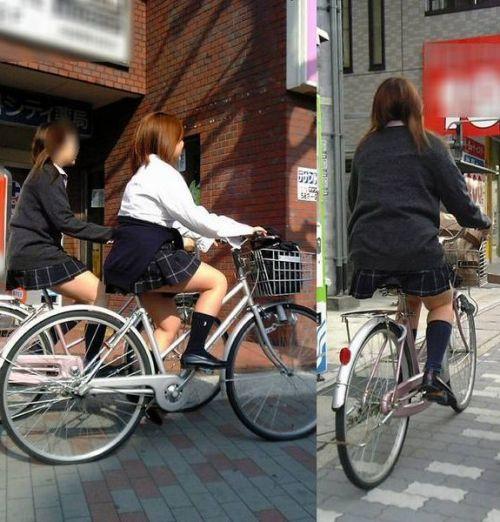 【盗撮画像】自転車に乗ってるJKのパンチラ率! 45枚 No.4
