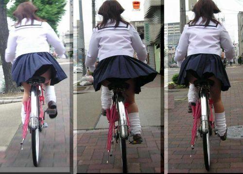 【盗撮画像】自転車に乗ってるJKのパンチラ率! 45枚 No.7