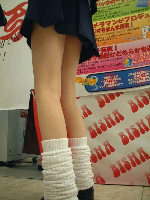 スラっと伸びる制服JKの美脚がエロでフレッシュな盗撮画像! 38枚 No.38