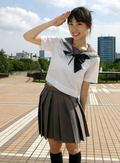 【画像】国民的美少女級の可愛いJKだけを集めた結果www 39枚 No.12