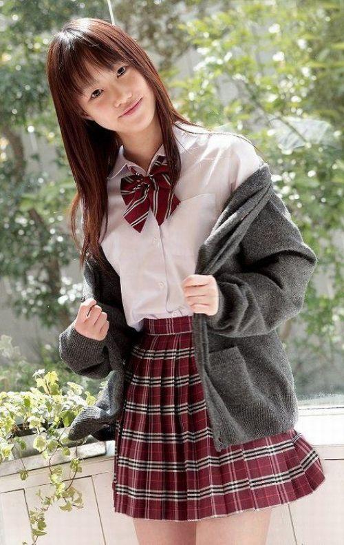 【画像】国民的美少女級の可愛いJKだけを集めた結果www 39枚 No.16