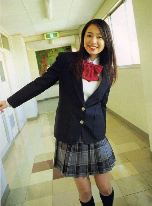 【画像】国民的美少女級の可愛いJKだけを集めた結果www 39枚 No.37