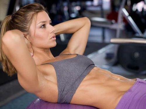 筋肉を鍛えてる外人女性が自慢の肉体を見せつけてくるエロ画像 35枚 No.1