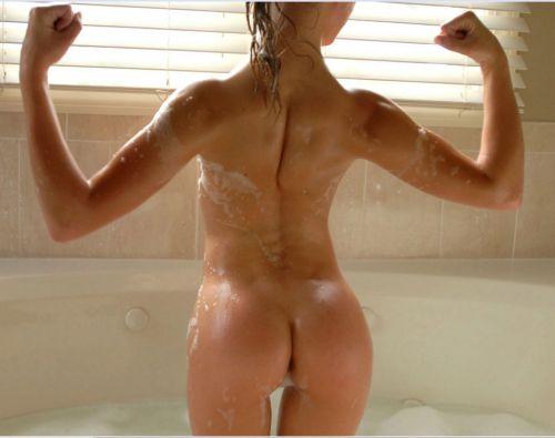 筋肉を鍛えてる外人女性が自慢の肉体を見せつけてくるエロ画像 35枚 No.4