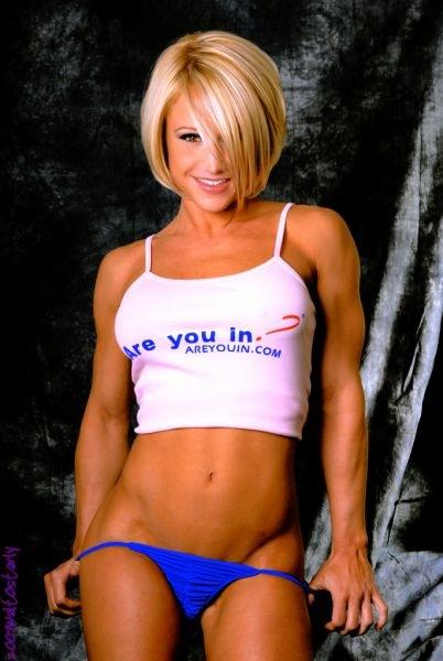 筋肉を鍛えてる外人女性が自慢の肉体を見せつけてくるエロ画像 35枚 No.7