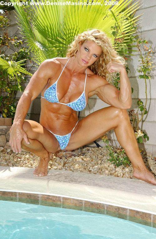 筋肉を鍛えてる外人女性が自慢の肉体を見せつけてくるエロ画像 35枚 No.22