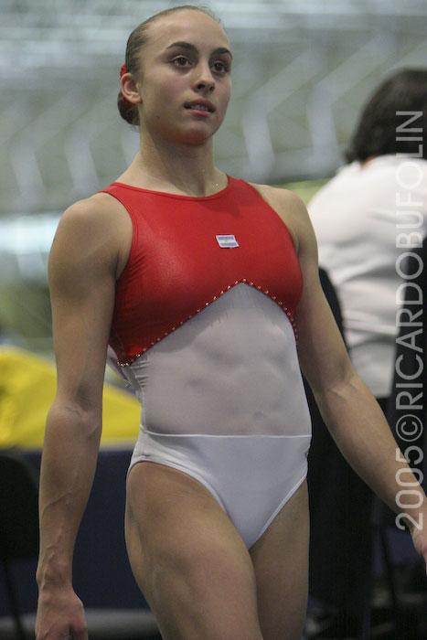 筋肉を鍛えてる外人女性が自慢の肉体を見せつけてくるエロ画像 35枚 No.33