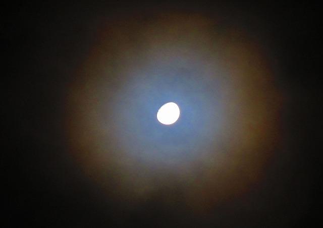 今朝0時過ぎのお月様 28.1.21